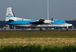 パール大山さんが、アムステルダム・スキポール国際空港で撮影したKLMシティホッパー 50の航空フォト(飛行機 写真・画像)