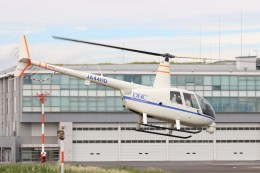 4engineさんが、東京ヘリポートで撮影したディーエイチシー R44 Raven II Newscopterの航空フォト(飛行機 写真・画像)