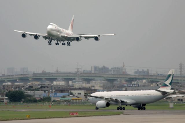KEEBIRDさんが、名古屋飛行場で撮影したJALウェイズ 747-246Bの航空フォト(飛行機 写真・画像)