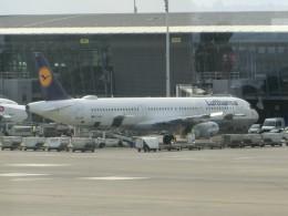 ヒロリンさんが、ブリュッセル国際空港で撮影したルフトハンザドイツ航空 A321-231の航空フォト(飛行機 写真・画像)
