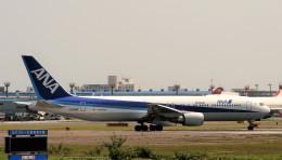 にしやんさんが、成田国際空港で撮影した全日空 767-381/ERの航空フォト(飛行機 写真・画像)