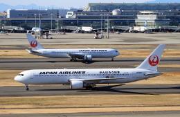 shibu03さんが、羽田空港で撮影した日本航空 767-346の航空フォト(飛行機 写真・画像)