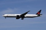 Timothyさんが、成田国際空港で撮影したエア・カナダ 777-333/ERの航空フォト(飛行機 写真・画像)