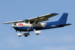 Echo-Kiloさんが、札幌飛行場で撮影したジェイピーエー 172P Skyhawkの航空フォト(飛行機 写真・画像)
