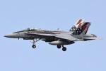 =JAかみんD=さんが、横田基地で撮影したアメリカ海兵隊 F/A-18C Hornetの航空フォト(飛行機 写真・画像)