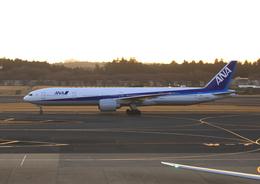 ふじいあきらさんが、成田国際空港で撮影した全日空 777-381/ERの航空フォト(写真)
