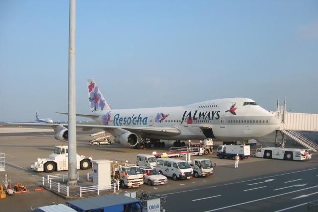 しかばねさんが、羽田空港で撮影したJALウェイズ 747-246Bの航空フォト(飛行機 写真・画像)