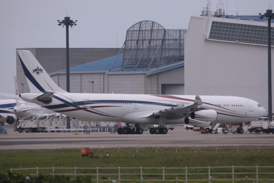 Mr.boneさんのスワジランド政府 Airbus A340-300 (3DC-SDF ) 航空フォト
