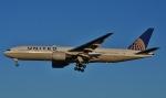 鉄バスさんが、成田国際空港で撮影したユナイテッド航空 777-222/ERの航空フォト(飛行機 写真・画像)