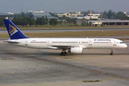 Hariboさんが、ドンムアン空港で撮影したエア・アスタナ 757-2G5の航空フォト(飛行機 写真・画像)
