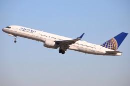 masa707さんが、ロサンゼルス国際空港で撮影したユナイテッド航空 757-224の航空フォト(飛行機 写真・画像)