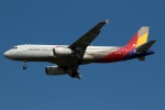 採れたてほしいもさんが、仁川国際空港で撮影したアシアナ航空 A320-232の航空フォト(飛行機 写真・画像)