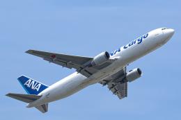 SGR RT 改さんが、成田国際空港で撮影した全日空 767-381Fの航空フォト(飛行機 写真・画像)