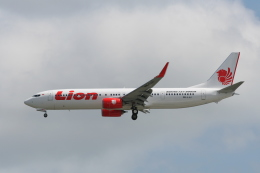 NIKEさんが、シンガポール・チャンギ国際空港で撮影したライオン・エア 737-9GP/ERの航空フォト(飛行機 写真・画像)