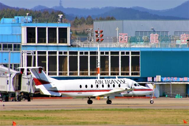 にしやんさんが、函館空港で撮影したエアトランセ 1900Dの航空フォト(飛行機 写真・画像)