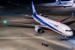 I.K.さんが、羽田空港で撮影した全日空 767-381/ERの航空フォト(飛行機 写真・画像)