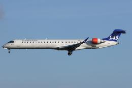 Hariboさんが、コペンハーゲン国際空港で撮影したスカンジナビア航空 CL-600-2D24 Regional Jet CRJ-900ERの航空フォト(飛行機 写真・画像)