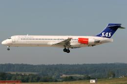 Hariboさんが、チューリッヒ空港で撮影したスカンジナビア航空 MD-87 (DC-9-87)の航空フォト(飛行機 写真・画像)