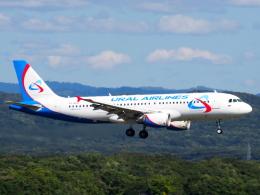 むらさめさんが、新千歳空港で撮影したウラル航空 A320-214の航空フォト(飛行機 写真・画像)