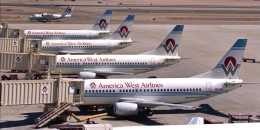 BOSTONさんが、フェニックス・スカイハーバー国際空港で撮影したアメリカウエスト航空 737-33Aの航空フォト(飛行機 写真・画像)
