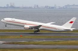 TIA spotterさんが、羽田空港で撮影したバーレーン王室航空 767-4FS/ERの航空フォト(飛行機 写真・画像)