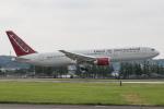 KANTO61さんが、横田基地で撮影したオムニエアインターナショナル 767-36N/ERの航空フォト(飛行機 写真・画像)