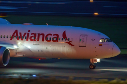K.Sさんが、成田国際空港で撮影したアビアンカ航空 787-8 Dreamlinerの航空フォト(飛行機 写真・画像)