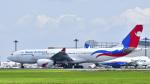 パンダさんが、成田国際空港で撮影したネパール航空 A330-243の航空フォト(飛行機 写真・画像)