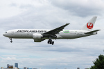 A.Tさんが、伊丹空港で撮影した日本航空 777-246/ERの航空フォト(飛行機 写真・画像)