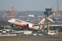 安芸あすかさんが、シドニー国際空港で撮影したジェットスター 787-8 Dreamlinerの航空フォト(飛行機 写真・画像)