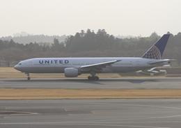ふじいあきらさんが、成田国際空港で撮影したユナイテッド航空 777-222/ERの航空フォト(飛行機 写真・画像)