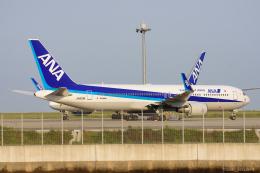 ぱん_くまさんが、羽田空港で撮影した全日空 767-381/ERの航空フォト(飛行機 写真・画像)