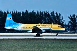 パール大山さんが、マイアミ国際空港で撮影したバハマスエア HS.748 Srs2の航空フォト(飛行機 写真・画像)