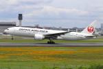 sumihan_2010さんが、伊丹空港で撮影した日本航空 777-246/ERの航空フォト(飛行機 写真・画像)