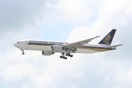 NIKEさんが、シンガポール・チャンギ国際空港で撮影したシンガポール航空 777-212/ERの航空フォト(飛行機 写真・画像)