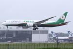 kinsanさんが、成田国際空港で撮影したエバー航空 787-9の航空フォト(飛行機 写真・画像)