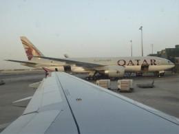 walker2000さんが、ドーハ・ハマド国際空港で撮影したカタール航空 777-2DZ/LRの航空フォト(飛行機 写真・画像)