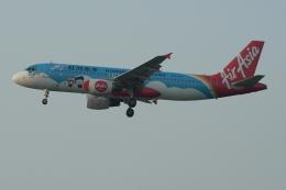 Souma2005さんが、香港国際空港で撮影したエアアジア A320-216の航空フォト(飛行機 写真・画像)