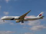 Mame @ TYOさんが、ロンドン・ヒースロー空港で撮影したマレーシア航空 A350-941の航空フォト(飛行機 写真・画像)