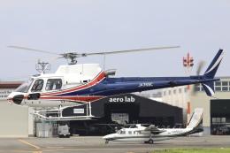 Hii82さんが、八尾空港で撮影したノエビア AS350B3 Ecureuilの航空フォト(飛行機 写真・画像)
