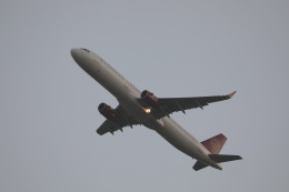 OS52さんが、関西国際空港で撮影した吉祥航空 A321-231の航空フォト(飛行機 写真・画像)