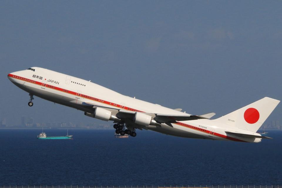 Hiro-hiroさんの航空自衛隊 Boeing 747-400 (20-1101) 航空フォト