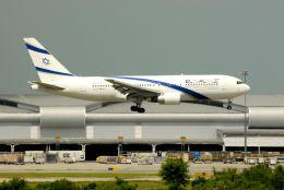まいけるさんが、スワンナプーム国際空港で撮影したエル・アル航空 767-27E/ERの航空フォト(飛行機 写真・画像)