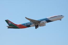 kahluamilkさんが、成田国際空港で撮影した中国東方航空 A330-343Xの航空フォト(飛行機 写真・画像)