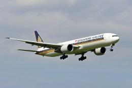 szkkjさんが、成田国際空港で撮影したシンガポール航空 777-312/ERの航空フォト(飛行機 写真・画像)