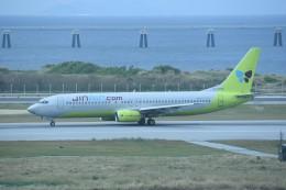kumagorouさんが、那覇空港で撮影したジンエアー 737-86Nの航空フォト(飛行機 写真・画像)