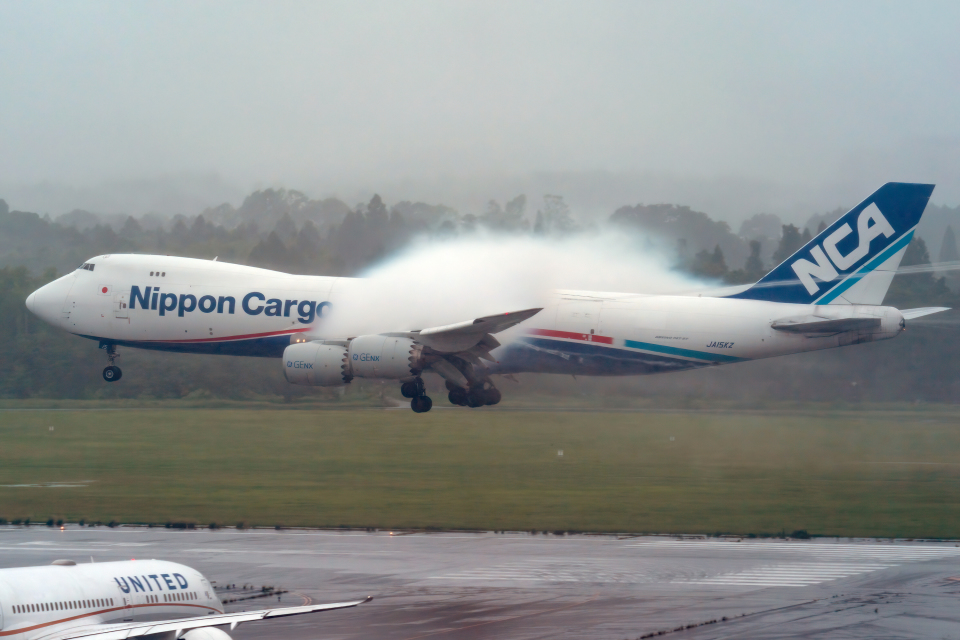 K.Sさんの日本貨物航空 Boeing 747-8 (JA15KZ) 航空フォト