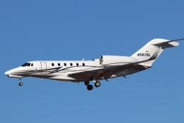 キャスバルさんが、フェニックス・スカイハーバー国際空港で撮影したSCHWEITZER AIRCRAFT LEASING Citation X+(750)の航空フォト(飛行機 写真・画像)