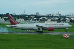 FRTさんが、嘉手納飛行場で撮影したオムニエアインターナショナル 777-2U8/ERの航空フォト(飛行機 写真・画像)