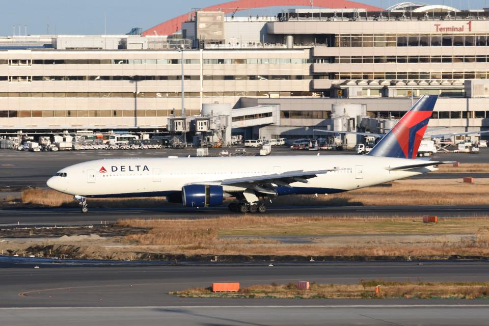 kuro2059さんのデルタ航空 Boeing 777-200 (N865DA) 航空フォト